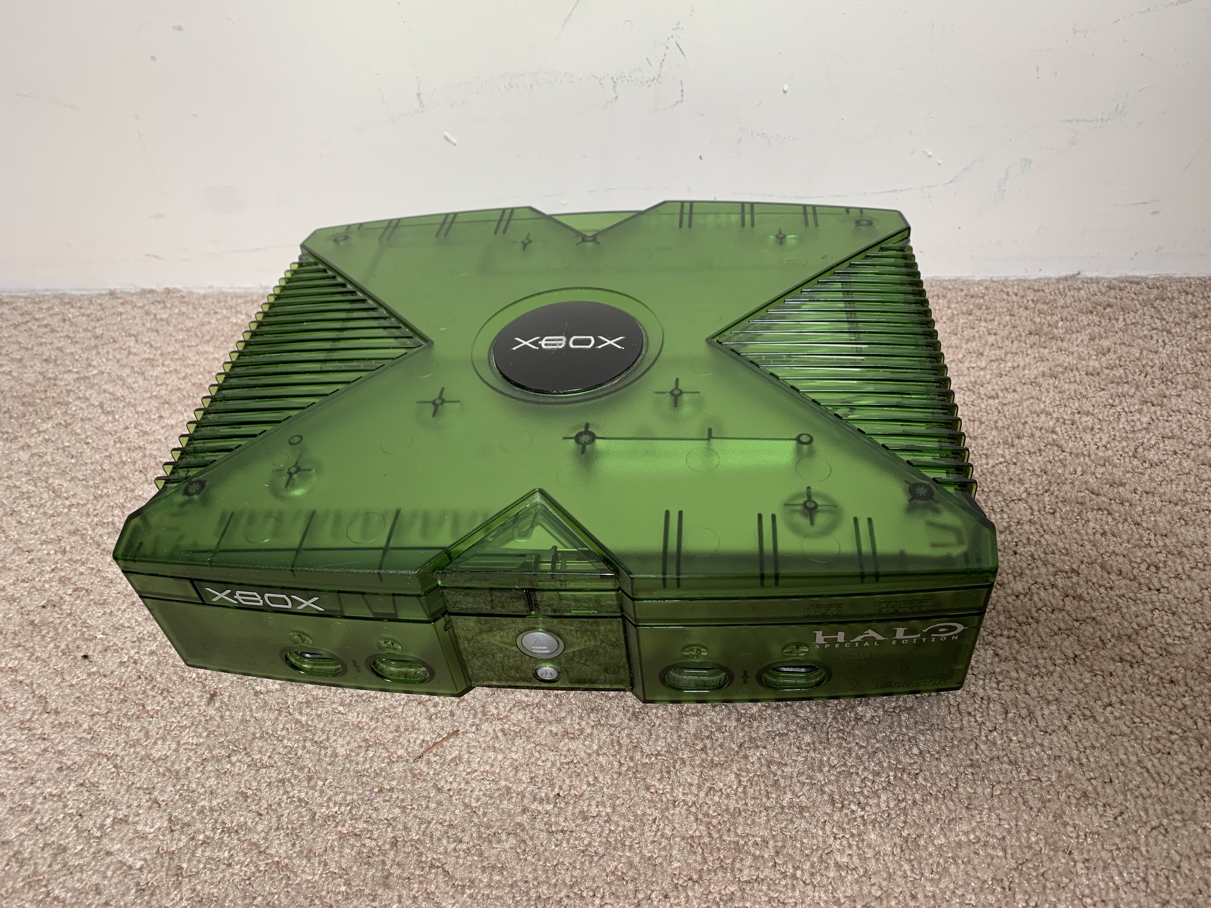 Fixing an Original Xbox (Halo Edition!) – Around the Hill